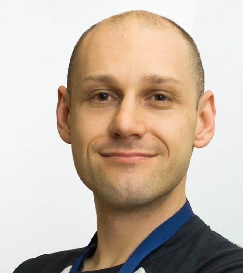 Dr Robert Salomone